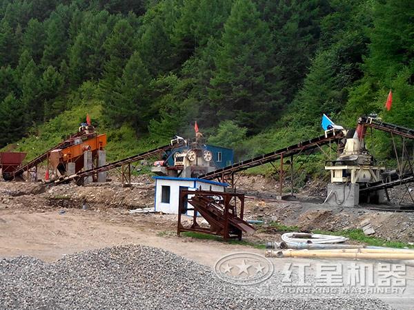 时产20-40吨直通冲击式破碎机用户现场