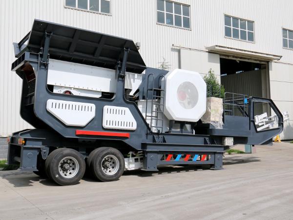 大型流动碎石机多少钱一台?环保严查期的好帮手移动破碎站