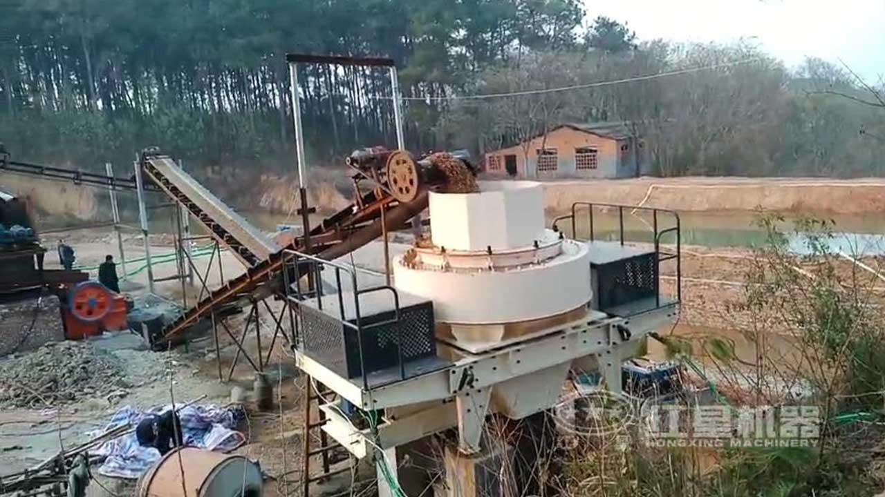 河卵石制砂生产线作业现场视频