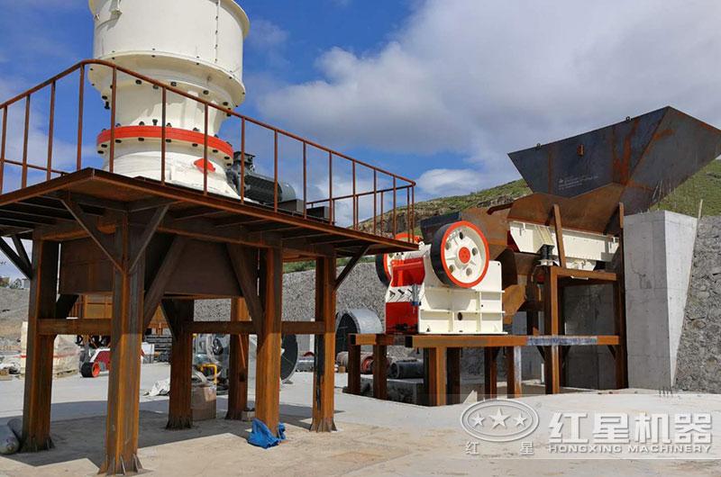 山东客户砂石料厂正在安装中